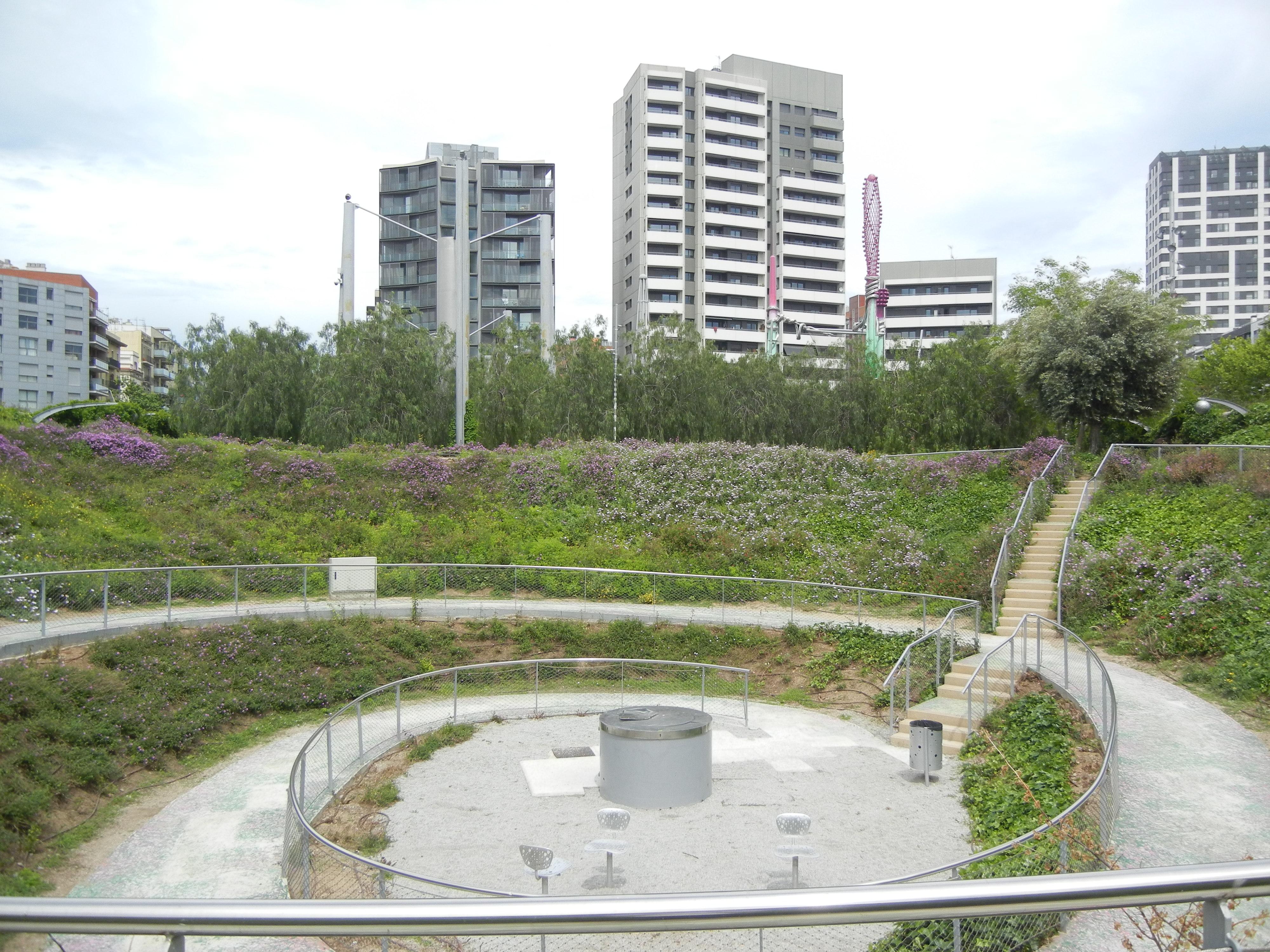 barcelona architecture 2012 cs1 week 1 parc central del poblenou. Black Bedroom Furniture Sets. Home Design Ideas